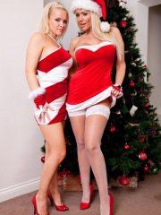Sexy_Santas_1