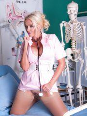 nurse_lucy_1