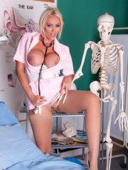 nurse_lucy_7
