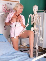 nurse_lucy_8