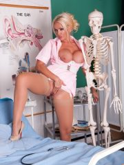 nurse_lucy_9