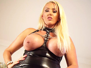 Lucy Zara Videos – Lucy in Latex